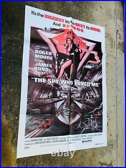 The Spy Who Loved Me Movie Theater Poster 27 x 41 1977 Original James Bond 007