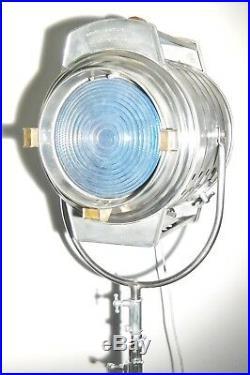VINTAGE 1950s FILM STUDIO SPOT LIGHT MOVIE INDUSTRIAL ANTIQUE FLOOR LAMP THEATRE